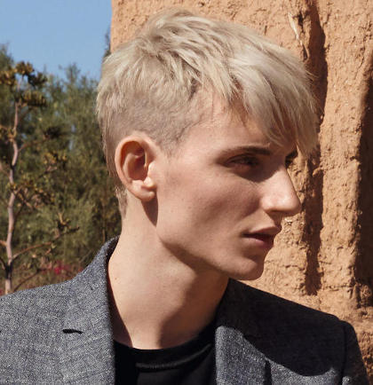 Lookbook Eine Hairstyling Und Haarfarben Kollektion Von