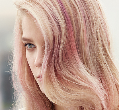 Color Touch blond look