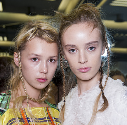 /m/blog/Messy-Braids-Boho-Hairstyles-At-Preen-By-Thornton-Bregazzi-SS17/Wella-BlogArticle-Messy-Braids-Boho-Hairstyles-Preen-By-Thornton-Bregazzi-SS17-1_d.jpg